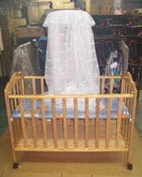 木製 嬰兒床原木本色 嬰幼兒大床 附贈頂級蚊帳組 網路特價3899元 ( 免運費,含運,快來搶購唷! )